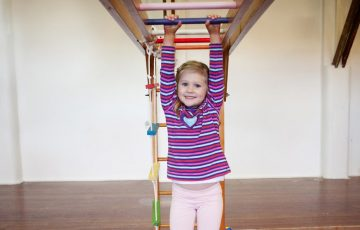 GymbaROO BabyROO Sydney West NSW School Readiness Classes Child Development Playing on Monkey Bars